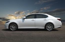 Lexus GS 250, side