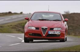Alfa Romeo GT, front
