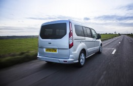 Ford Grand Tourneo Connect, rear