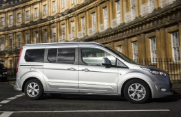 Ford Grand Tourneo Connect, side