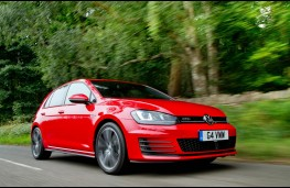Volkswagen Golf GTD, action