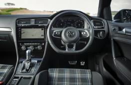 Volkswagen Golf GTE, 2017, interior