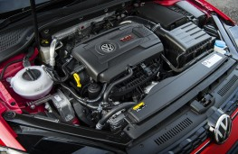 Volkswagen Golf GTI, 2017, engine