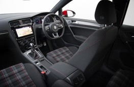 Volkswagen Golf GTI, 2017, interior