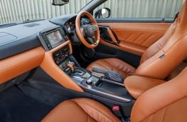 Nissan GT-R, 2017, interior
