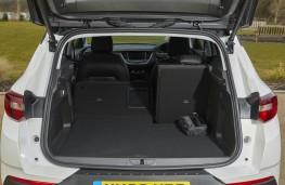 Vauxhall Grandland X Hybrid4, 2020, boot