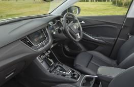 Vauxhall Grandland X Hybrid4, 2020, interior