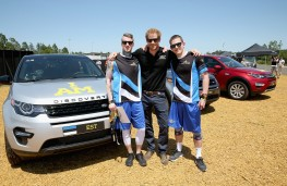 Prince Harry with Estonian competitors, Invictus Games 2016