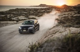 Audi Q5, 2017, beach