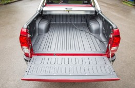 Toyota Hilux, load bed