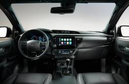 Toyota Hilux, 2020, interior