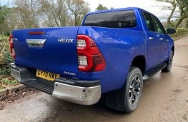 Toyota Hilux Invincible, 2021, rear