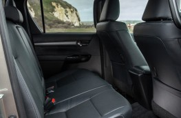 Toyota Hilux, 2020, rear seats