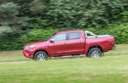 Toyota Hilux, 2016, side, action