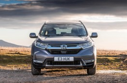 Honda CR-V Hybrid head on