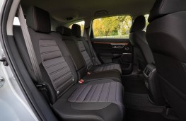 Honda CR-V Hybrid, rear seats