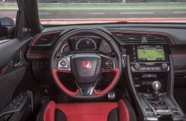 Honda Civic Type R, dashboard