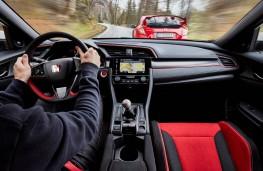 Honda Civic Type R, driving action