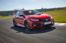 Honda Civic Type R, front action