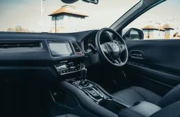 Honda HR-V, dashboard 2