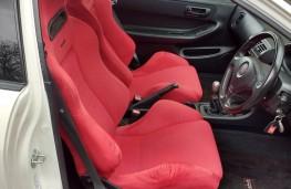 Honda Integra Type R, front seats