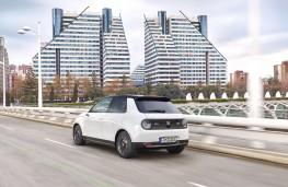 Honda e, 2020, rear, action