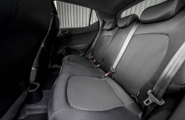 Hyundai i10 Play, rear seats