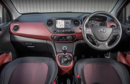 Hyundai i10, dashboard