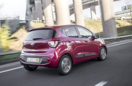 Hyundai i10, rear action