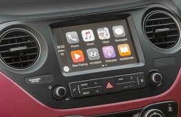 Hyundai i10 touchscreen