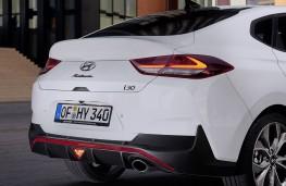 Hyundai i30 Fastback N Line rear spoiler