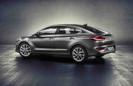 Hyundai i30 Fastback rear threequarter