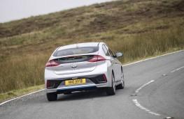 Hyundai IONIQ, rear action
