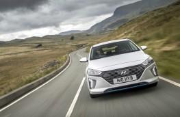 Hyundai Ioniq Hybrid, dynamic front