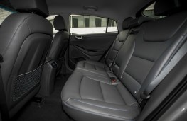 Hyundai Ioniq Hybrid, interior rear