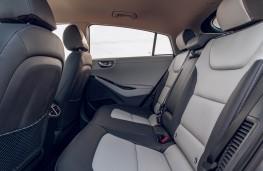Hyundai Ioniq, interior