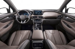 Hyundai Santa Fe 2018 cockpit