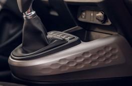 Hyundai i10, 2020, centre console trim