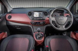 Hyundai i10, 2018, interior