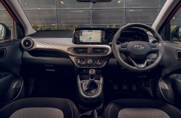 Hyundai i10, 2020, interior