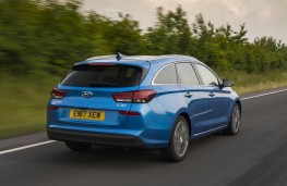 Hyundai i30 Tourer, 2017, rear, action