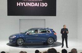 Hyundai i30, 2017, reveal with Peter Schreyer