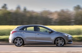 Hyundai i30, 2017, side, action