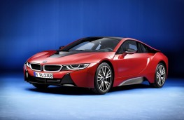 BMW i8 Protonic Red, front