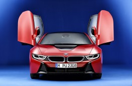 BMW i8 Protonic Red, nose