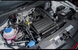 SEAT Ibiza 2015, engine
