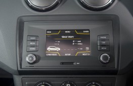 SEAT Ibiza SC 2015, display screen