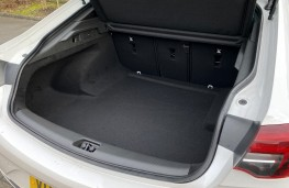 Vauxhall Insignia, 2021, boot