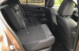 Mitsubishi Eclipse Cross, rear seats