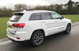 Jeep Grand Cherokee, rear